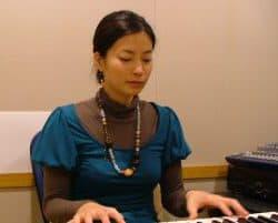 東京のボイストレーニングスクールM&N Bit Of Sound講師の山田由紀先生
